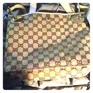 Cross body Gucci bag. Used
